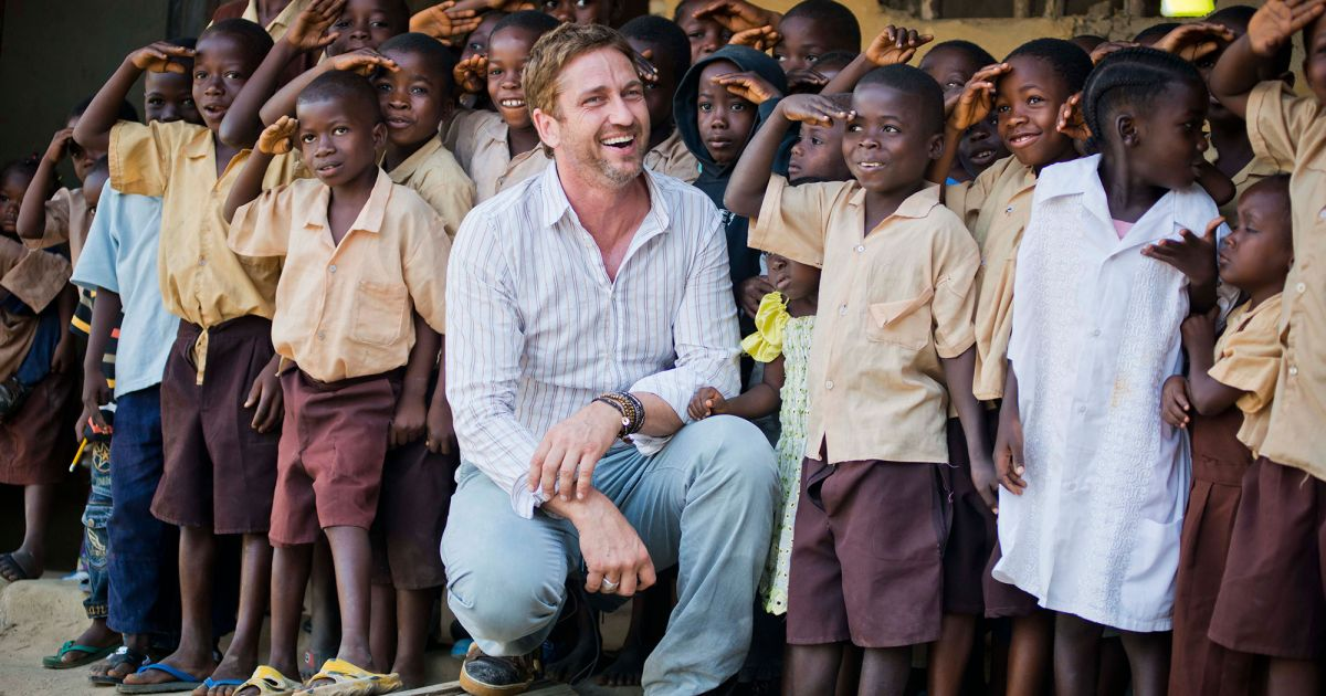 Gerard Butler And Child 31 Mary S Meals